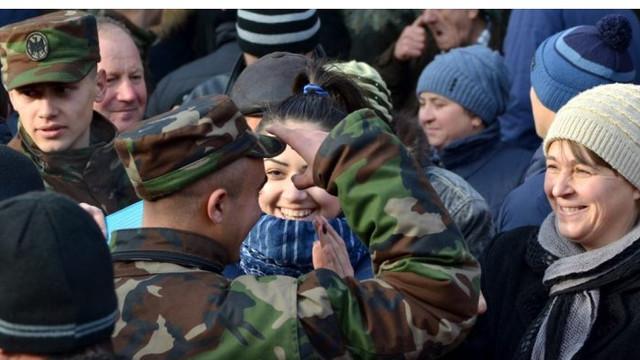 Militarii în termen nu vor avea permisiunea să meargă acasă de Paște