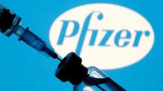 700 de mii de doze Pfizer-BioNTech ajung luni în România