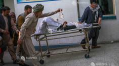 Zeci de morți și răniți în urma unui atac terorist în fața unei școli din Kabul