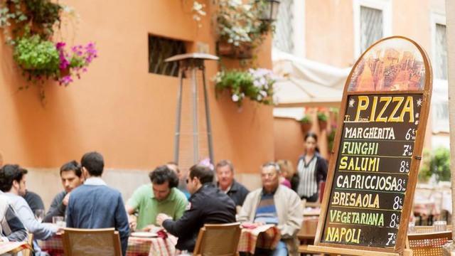 Italia a anunțat că nu mai așteaptă certificatul de călătorie UE și își redeschide turismul de luna aceasta