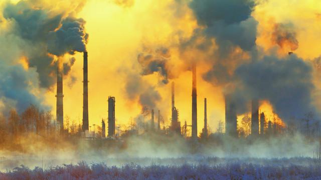 China poluează mai mult decât toate țările dezvoltate la un loc. Statele Unite sunt al doilea cel mai mare poluator