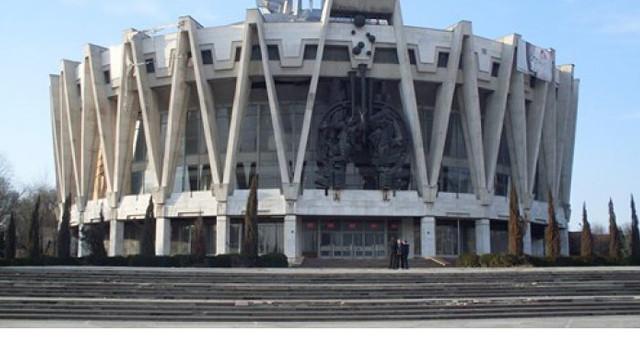 Circul din Chișinău, program comun cu artiști din România