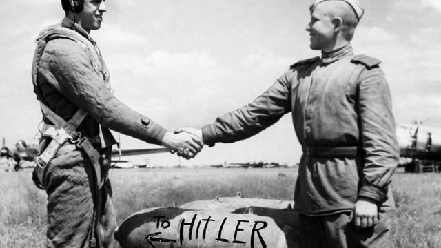 SUA reamintesc că URSS a alungat Germania nazistă din Europa de Est cu echipamente americane: Stalin a recunoscut că fără ajutorul SUA nu ar fi câștigat războiul