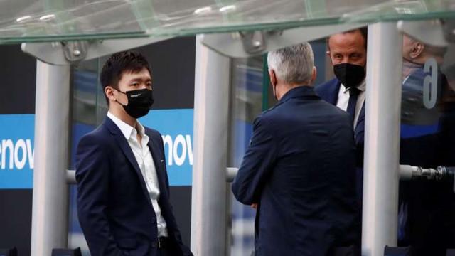 Fotbal | Președintele clubului Inter Milano le-a cerut jucătorilor să renunțe la salariul pe două luni