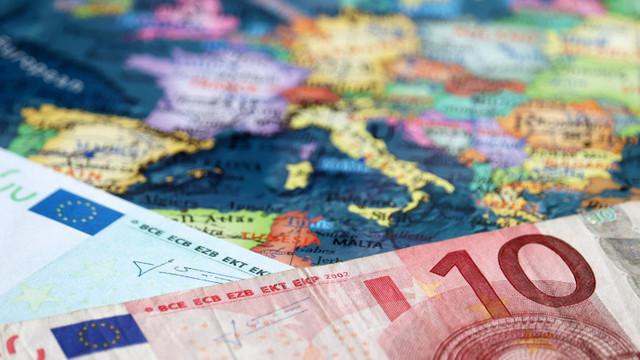 Economia UE va crește și în 2021, și în 2022. Comisia Europeană: Revenirea are loc pe fondul creșterii ratelor de vaccinare
