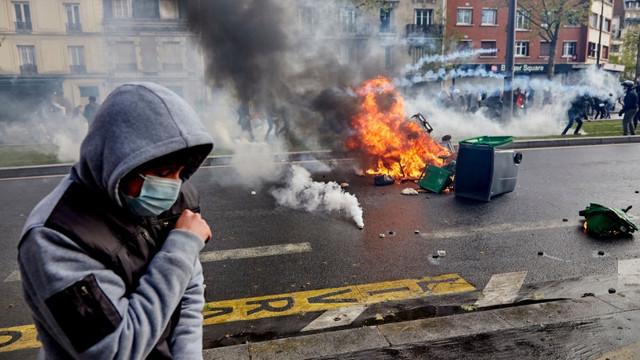 Proteste pro-Palestina la Paris, Londra și în orașe din America de Nord. La Paris s-au folosit gaze lacrimogene și tunuri de apă