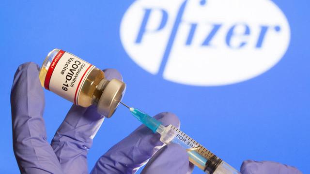 Pfizer și Moderna au scumpit vaccinurile vândute UE / Cât costă acum o doză - FT