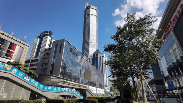 Primele concluzii ale investigației desfășurate de autoritățile chineze, după ce un zgârie-nori din Shenzen a început să se clatine