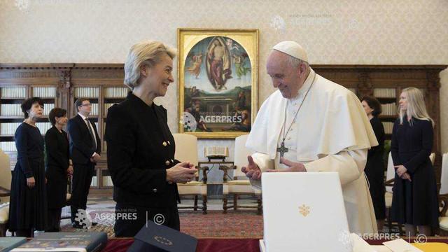 Prima întâlnire oficială între Papa Francisc și președinta Comisiei Europene