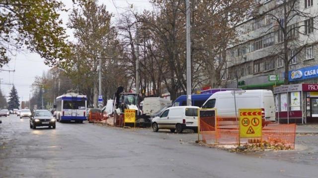 Suspendarea totală a traficului rutier pe strada Ion Creangă, tronsonul cuprins între străzile Calea Ieșilor și Alba-Iulia
