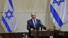 După 12 ani în funcția de premier, Netanyahu a fost înlăturat de la putere. Noul Guvern, condus de Naftali Bennett și Yair Lapid