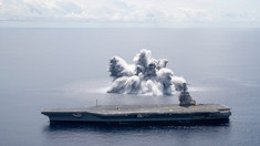 Armata SUA testează un portavion provocând o explozie cu puterea unui cutremur de magnitudine 3,9