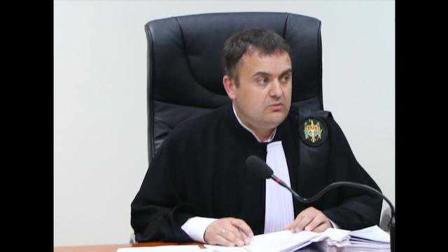Vladislav Clima a trimis cerere prealabilă în adresa Președinției. Cere verificarea legalității decretului și anularea în totalitate a acestuia
