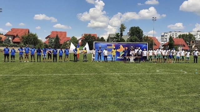 """La Chișinău s-a jucat un meci demonstrativ de oină. Peter Michalko: Suntem aici cu tradițiile noastre – europene și autohtone, în spiritul mottoului UE – """"Unitate prin diversitate"""""""