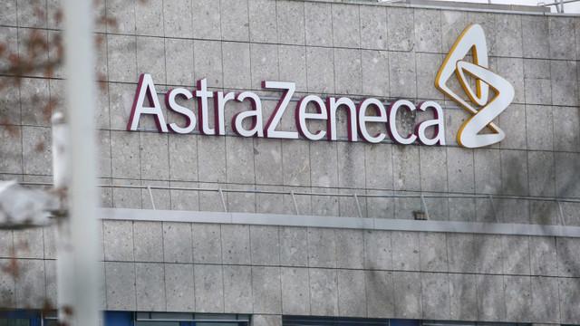 Studiu: Tratamentul dezvoltat de AstraZeneca pe bază de anticorpi nu este eficient în prevenirea COVID-19