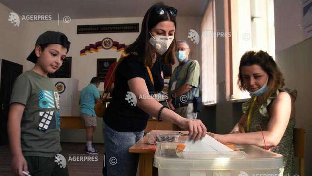 Armenii votează duminică pentru un nou parlament într-un scrutin anticipat