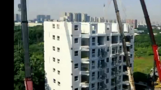 VIDEO   Cum au reușit chinezii să construiască un bloc de 10 etaje în 29 de ore