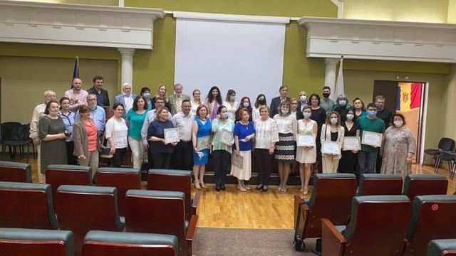 Diplome de excelență pentru reprezentanții instituțiilor media din R. Moldova, în contextul împlinirii a 75 de ani de la fondarea USM