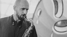 Fonograful de vineri | Jazz de la București cu Alexandru Arcuș
