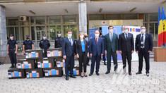 GALERIE FOTO | Lotul de peste 100 de mii de doze Pfizer oferit de România a ajuns la Chișinău