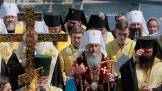 Zeci de mii de persoane, la o procesiune în Ucraina ocazionată de celebrarea a 1033 de ani de la creștinare