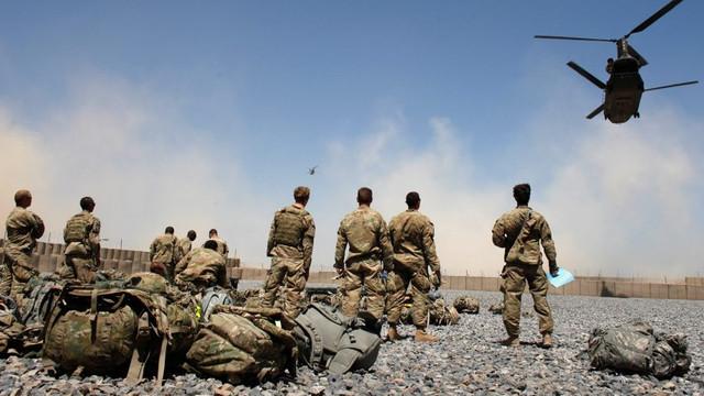Crucea Roșie anunță că numărului civililor tratați pentru răni de război în Afganistan a crescut brusc