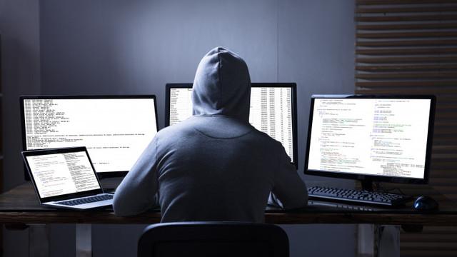 Microsoft: Mai multe guverne au folosit un program de spionaj făcut în Israel. Printre ținte au fost politicieni, disidenți, jurnaliști