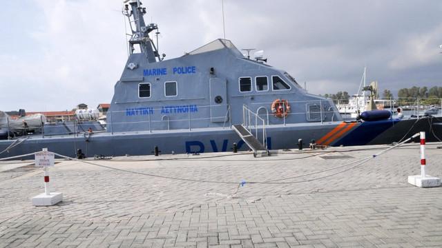 O navă a Turciei a tras focuri de avertizare asupra Pazei de Coastă din Cipru