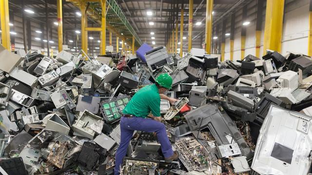 R. Moldova generează anual 10 mii de tone de deșeuri electronice