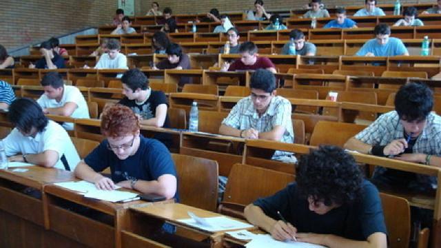 Universitățile cu profil pedagogic vin cu oferte avantajoase pentru viitorii studenți