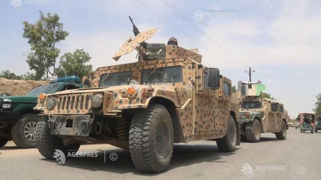 SUA lansează lovituri aeriene în sprijinul forțelor afgane, aflate sub presiunea ofensivei talibane
