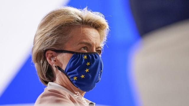 Ursula von der Leyen: UE și-a respectat promisiunea. 70% din populația adultă este imunizată cu cel puțin o doză de vaccin anti-COVID-19