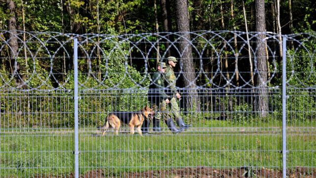 Comisia Europeană cere ajutorul statelor membre pentru Lituania, după ce Lukașenko a trimis mii de migranți peste graniță