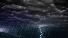 Cod Galben de instabilitate atmosferică. Se prevăd averse puternice, însoțite de grindină și vijelie
