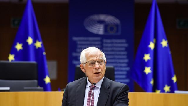 UE condamnă instrumentalizarea migranților și a refugiaților de către regimul din Belarus