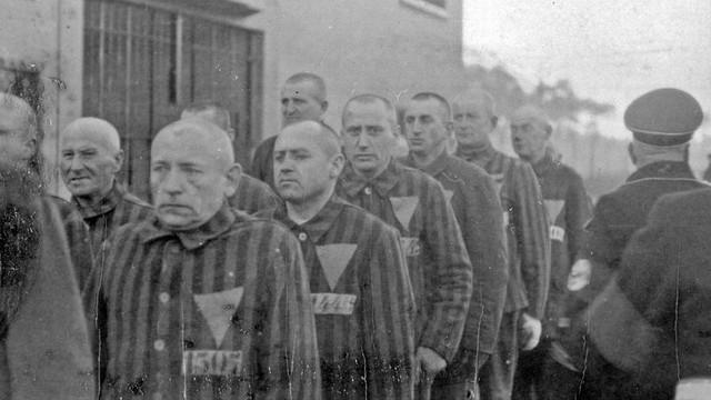 Germania: Fost gardian al unui lagăr de concentrare, ajuns la vârsta de 100 de ani, trimis în judecată