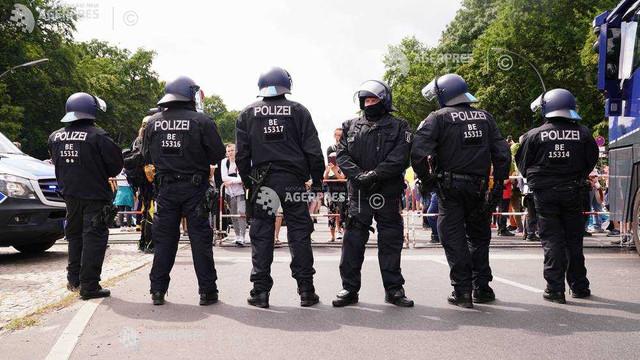 Germania: Ciconiri la Berlin în timpul manifestațiilor ilegale împotriva restricțiilor legate de COVID-19