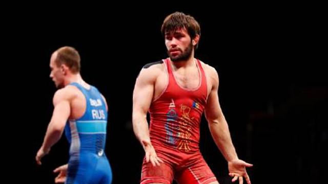 Victor Ciobanu va lupta pentru medalia de bronz la Jocurile Olimpice de la Tokyo