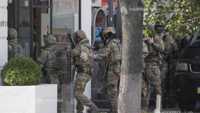 Ucraina   Un bărbat amenință cu detonarea unei grenade în clădirea guvernului