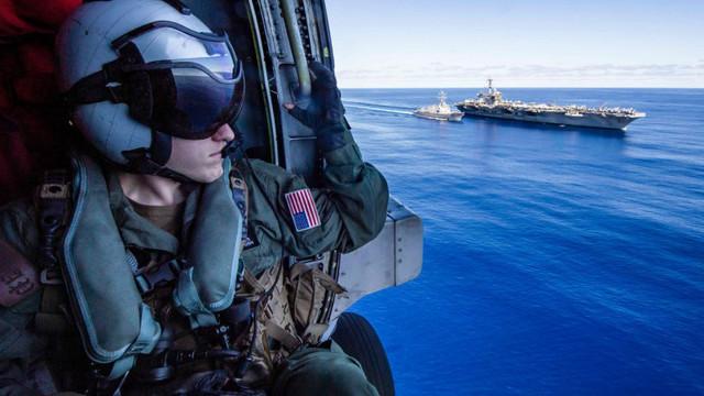 Marina SUA a lansat primul portavion care transportă avioanele invizibile F-35C. Grupul de luptă, trimis într-o direcție necunoscută