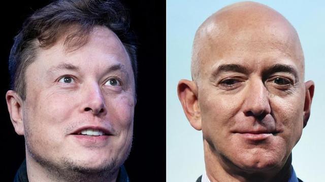 """Elon Musk, nou atac la adresa lui Jeff Bezos: """"Ar fi pe Pluto dacă avocații te-ar putea duce pe orbită"""""""