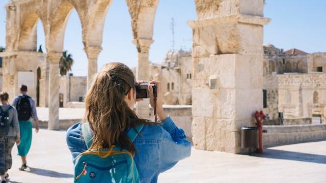 Eurostat: Turismul în UE s-a redresat în iulie și august 2020