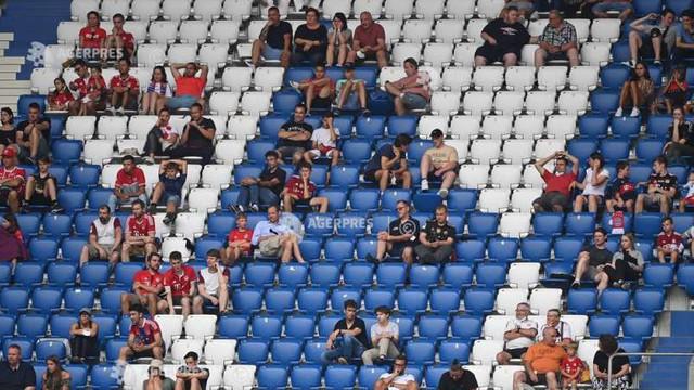 COVID-19 a privat cluburile europene de încasări de 2,5 miliarde euro în