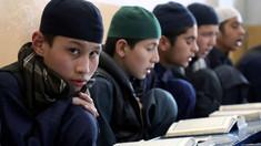 Numai băieții au primit permisiunea să se întoarcă sâmbătă la școală în colegiile și liceele din Afganistan