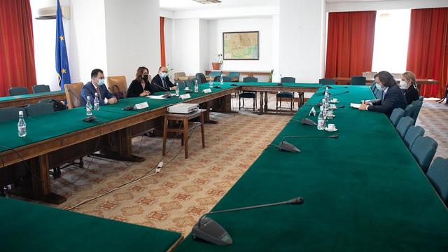 Președinți și vicepreședinți ai comisiilor parlamentare s-au întâlnit cu omologii din Camera Deputaților și din Senatul Parlamentului României