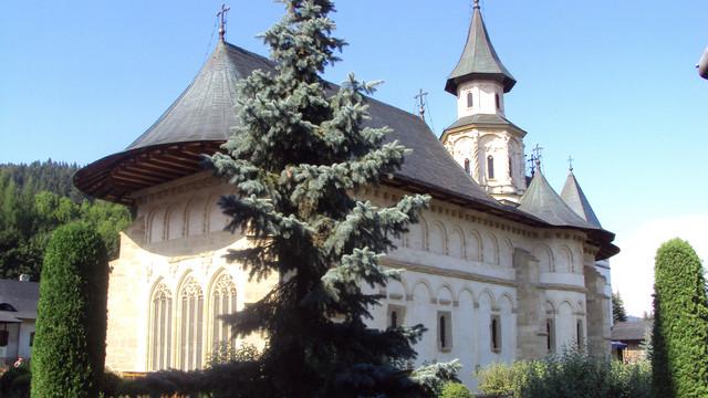 REPERE SPRITUALE: Mănăstirea Putna, excepțional centru de cultură, istorie și spiritualitate