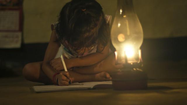Peste 430 de milioane de copii din Asia de Sud nu au putut învăța în pandemie. Inegalitățile existente deja s-au accentuat (UNICEF)