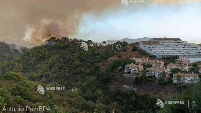 Incendii de pădure în Spania: un pompier decedat, 1.000 de persoane evacuate