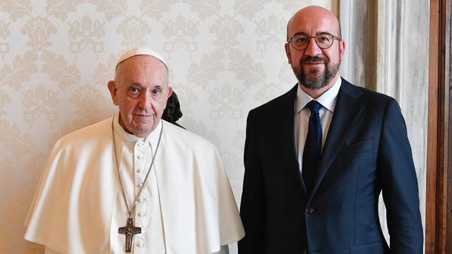 Președintele Consiliului European, întrevedere cu Papa Francisc la Vatican: Evoluțiile recente din Afganistan necesită sprijinul nostru neîncetat