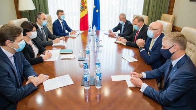 Construcția podului Cosăuți-Yampil, restabilirea circulației feroviare directe Chișinău-Kiev, printre subiecte discutate în cadrul vizitei în R. Moldova a co-președintelui Comisiei interguvernamentale moldo-ucrainene, Oleksii Reznikov